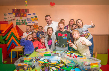 Діти з центру денного перебування «Росток» отримали ігровий куточок