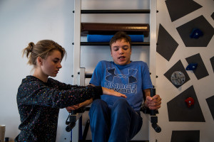 Допомогли придбати новий тренажер в Зал фізичної терапії MOTUS