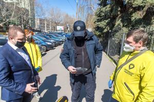 Передали одеським патрульним і співробітникам соцслужби тижневий запас засобів індивідуального захисту